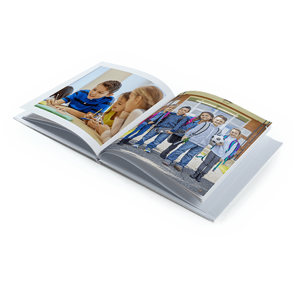 Kronika Szkolna - Fotoksiążka 24x24, 28 stron